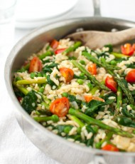 Risotto with Spinach, Asparagus, Peas, and Tomatoes