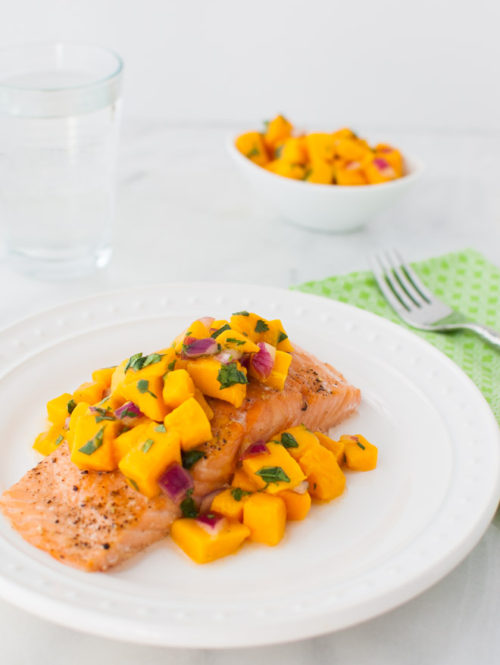 Roasted Salmon with Mango Salsa | tamingofthespoon.com