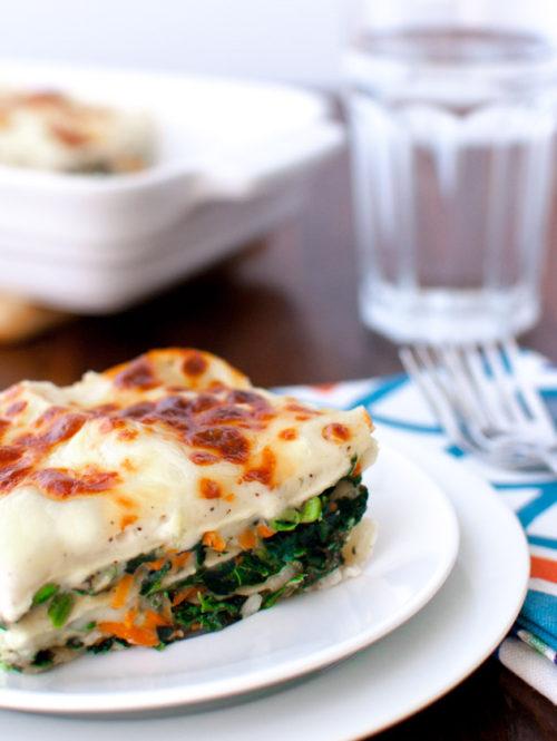 Vegetable Alfredo Lasagna | tamingofthespoon.com