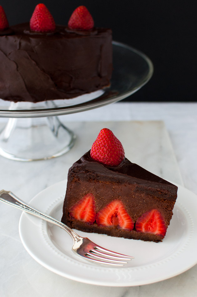 Cake With Chocolate Ganache And Strawberry Filling : Chocolate Strawberry Mousse Cake - Taming of the Spoon
