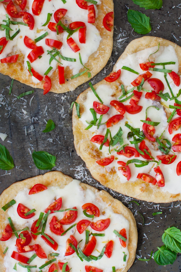Grilled Pizza | tamingofthespoon.com