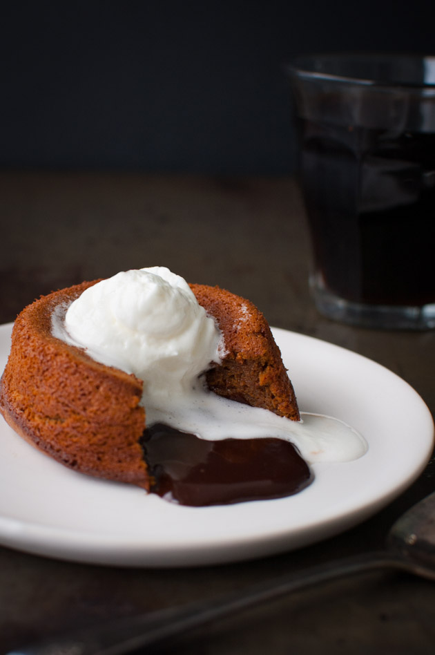 How To Make Molten Chocolate Cake At Home