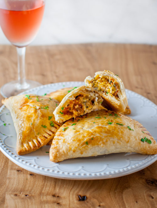 Turkey Empanadas - a creative way to finish off those Thanksgiving leftovers from tamingofthespoon.com