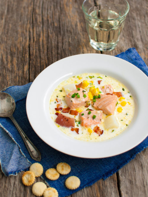 Salmon Chowder | tamingofthespoon.com