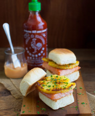 Pineapple and Teriyaki Salmon Sliders with Sriracha Mayo