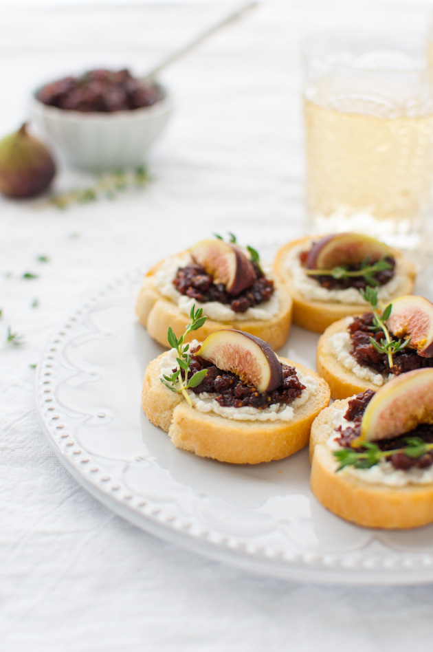 Fig and Goat Cheese Crostini - Soft goat cheese, fresh figs, and ...