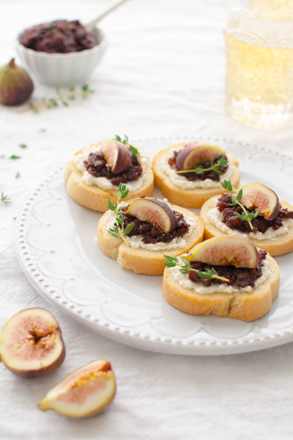 Fig and Goat Cheese Crostini - Taming of the Spoon