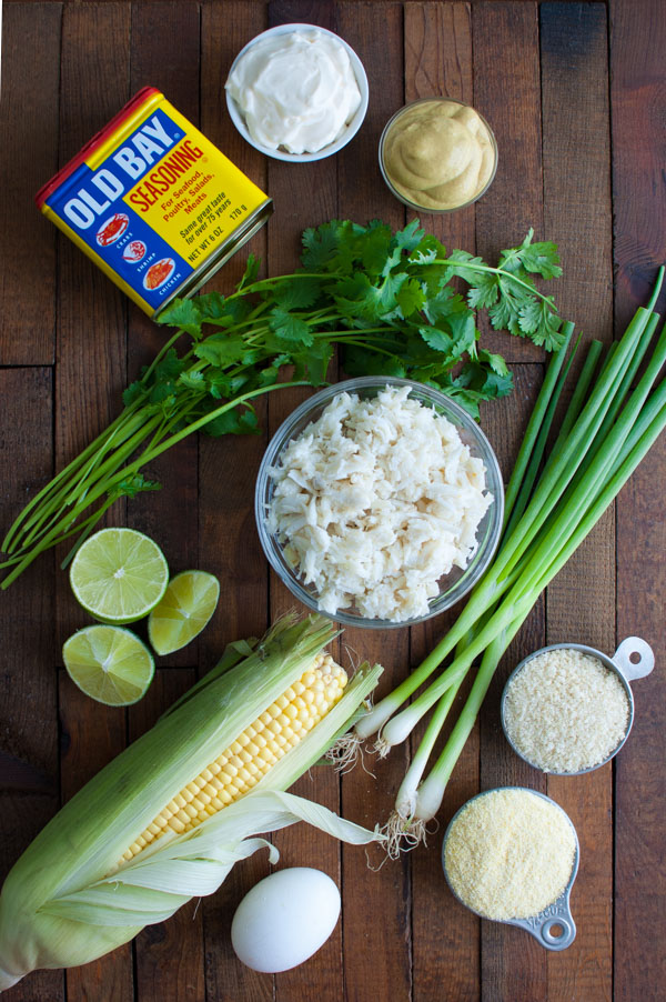 Crab and Corn Cakes - Crab cakes get a Southwestern twist with the addition of fresh corn kernels, cilantro, and lime juice. | tamingofthespoon.com