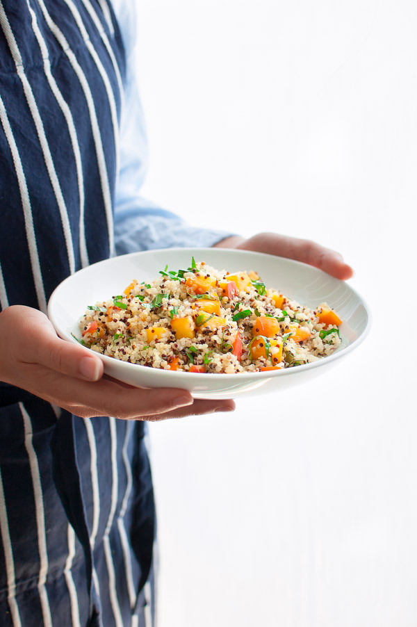Citrus Quinoa Salad with Peaches - a tasty, easy, healthy quinoa salad with a citrus dressing and ripe peaches for a little added sweetness.| tamingofthespoon.com