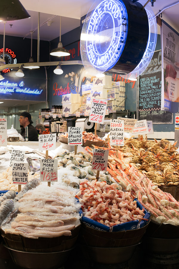 Fresh seafood at Pike Place Market. | tamingofthespoon.com