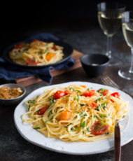 Spaghetti with Tomatoes, Basil, and Toasted Bread Crumbs