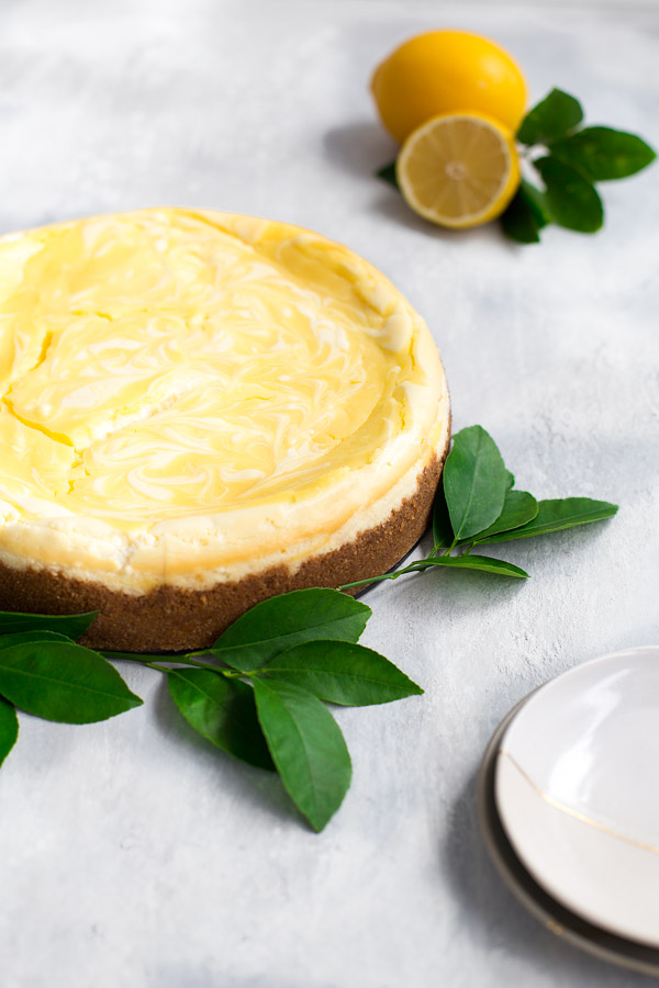 Lemon Curd Marbled Cheesecake - New York style cheesecake swirled with tangy lemon curd. | tamingofthespoon.com