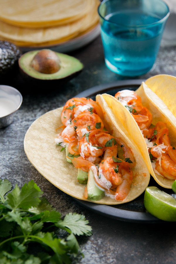 Chipotle Shrimp Tacos - tasty tacos for an easy weeknight dinner with shrimp in a smokey chipotle sauce. | tamingofthespoon.com